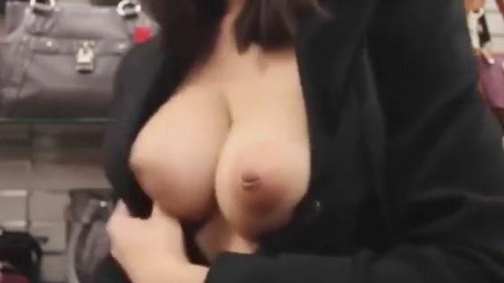 Lana rain video
